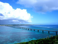 ペーパードライバー教習ならドライビング沖縄へ