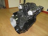 Z1エンジン ガンコート・サテンブラック塗装  撮影が下手でグレーに見えます…