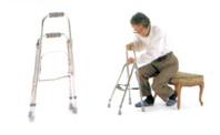脚の動きに合わせ、歩行練習が可能。