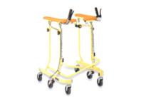 身体に合わせて幅・高さを調整でき、抵抗器付きで安定した歩行をサポート。