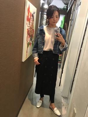 AYAKA 〜アヤカ〜   Reception & Assistant