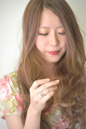 """<b>hair:SHIMA</b>  <b>make:AYAKA</b>  <b>model:S.Saori</b>   >><a href=""""http://churakami-okinawa.jp/salon/didi_un_mode/haircatalog/1110/.html""""><span style=""""color:#FF0000;font-size:14px;""""><b>このスタイルの詳細はコチラ</span></a></b>"""