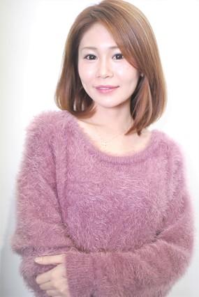 "<b>hair:SHIMA</b>  <b>model:N.RISA</b>    >><a href=""http://churakami-okinawa.jp/salon/didi_un_mode/haircatalog/1722/.html""><span style=""color:#FF0000;font-size:14px;""><b>このスタイルの詳細はコチラ</span></a></b>"