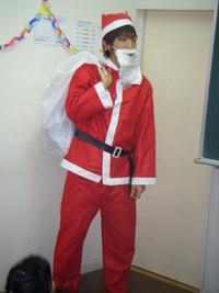★12月-クリスマス会★ ステップにもサンタさんが来て、楽しいゲーム大会やお菓子パーティが始まります!!