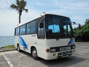 貸切小型バス 定員26名(乗客24名)