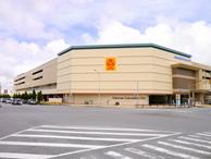 大型ショッピングモール。