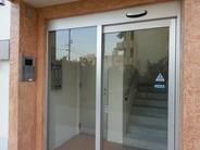 セキュリティ付き自動ドア