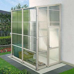 窓、ドア付きのオプションで、防犯性も高まり大切な物の収納場所としておすすめします。