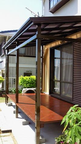 テラス屋根,ぬれ縁を組み合わせて、 快適生活をおすすめします。