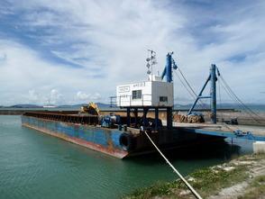 船種・用途:台船 規格:1500t積