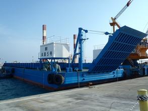 船種・用途:台船 規格:2000t積