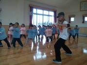 ☆毎月、インストラクターによるHipHopダンス!!  「リズミカルな曲で身体を動かし楽しみます(^^♪」